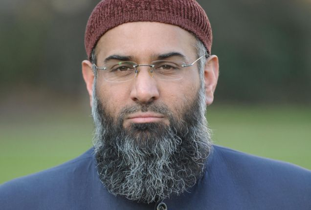 File photo dated 04/01/10 of Anjem Choudary from Islamic group Islam4UK outside the Palaces of Westminster in central London. Islam4UK has cancelled plans for an anti-war march through the town of Wootton Bassett which honours repatriated British soldiers. PRESS ASSOCIATION Photo. Issue date: Sunday January 10, 2010. See PA story DEFENCE March. Photo credit should read: Stefan Rousseau/PA Wire